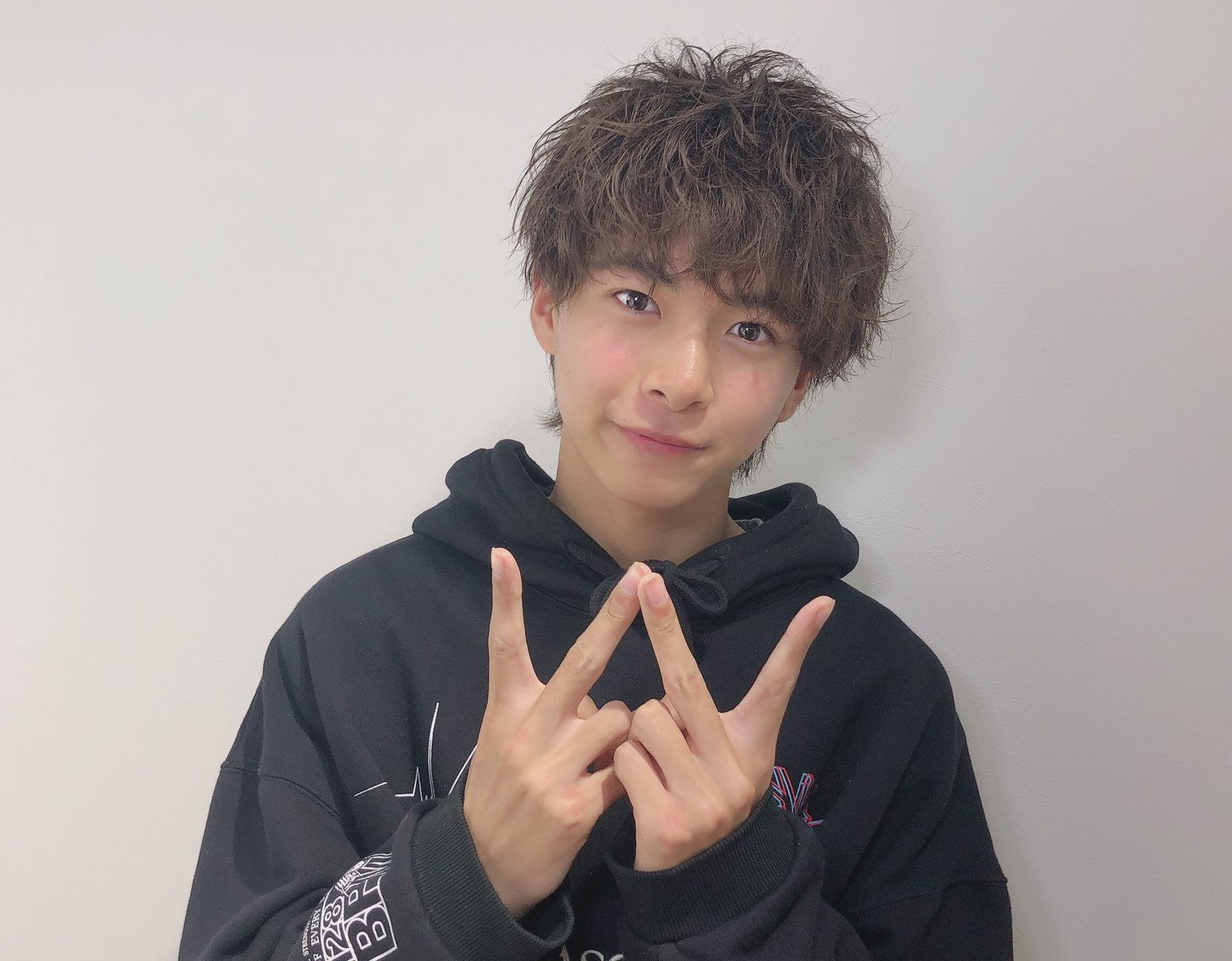 komiya 8 - 【キラメイジャー】小宮璃央のプロフィールまとめ|兄弟・高校などを調査