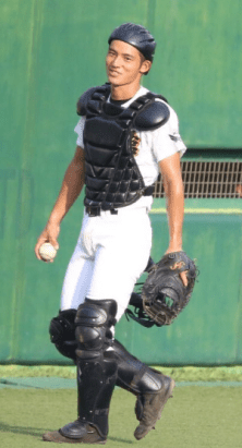 okadakenshi 9 - 【画像】岡田健史の高校時代の野球部姿がイケメン!中学から5年間スカウトされた?