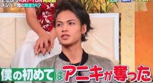 "aniki 9 - 上田竜也は櫻井翔をなぜ""アニキ""と慕っているの?夜会などで披露したエピソードまとめ"