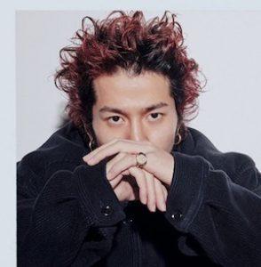 tsunetadaiki 8 294x300 - キングヌー常田大希のおしゃれな髪型まとめ!パーマ赤髪ロン毛もおしゃれでイケメン!